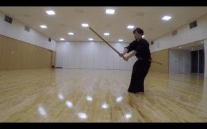 二天一流剣術の型「捩構」5