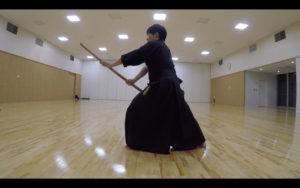 二天一流剣術の型「張受」3